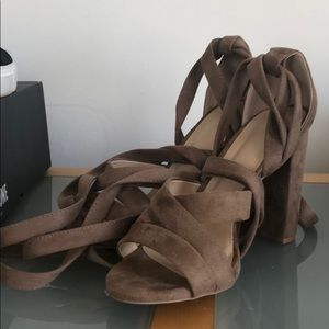 Shoes - Ankle wrap heel